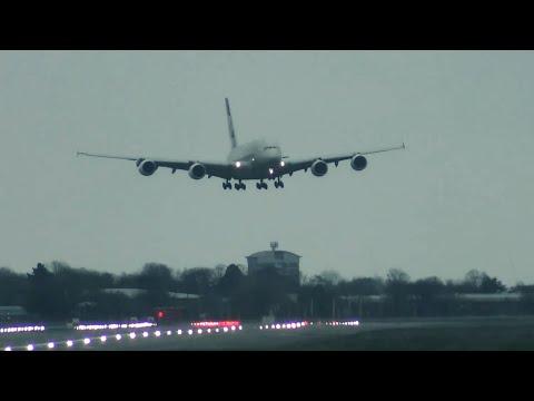 Момент посадки самолёта
