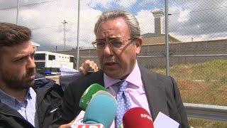 El abogado de Ignacio González dice que el preso quiere leer la prensa