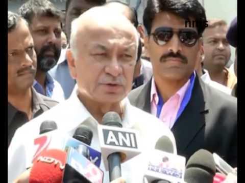 No Security Threat To Modi --  Sushilkumar Shinde