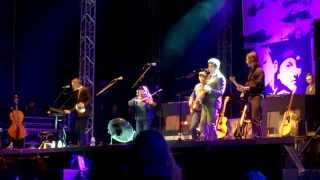 Belle & Sebastian - To Be Myself Completely live at Hurricane Festival