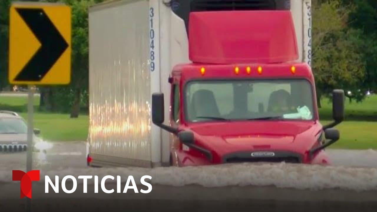 Download Los efectos de la depresión tropical Nicholas siguen afectando a Louisiana | Noticias Telemundo
