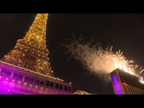 Macau bets on tourist revival with Paris-themed resort