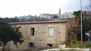 Отдельный дом в сельской местности для восстановления - Cellino Attanasio, Абруццо(, 2014-03-12T06:42:34.000Z)