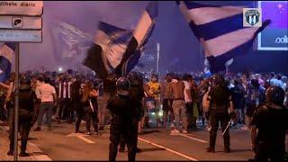 """بالفيديو.. احتفالات جماهير بورتو """"البطل"""" تتجاهل كورونا"""