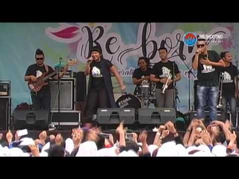 souljah MARS JANGKRIK live SMA 3 SRAGEN