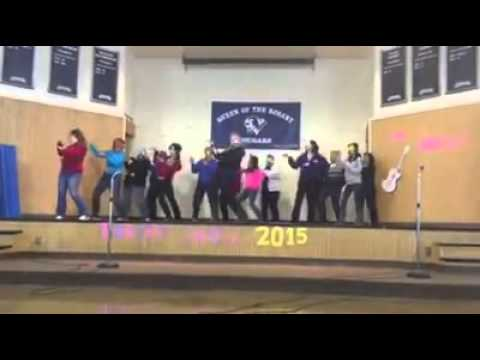 """Queen of the Rosary School Teacher Flash Mob to """"What Does the Fox Say?""""!"""