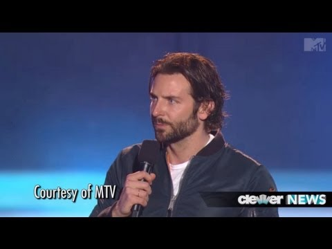 Bradley Cooper and Jennifer Lawrence Win Best Kiss at 2013 MTV Movie Awards!