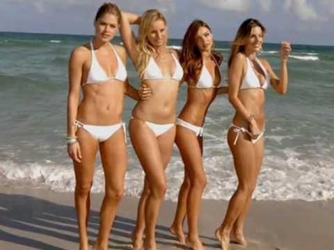 девушки в купальниках и без фото