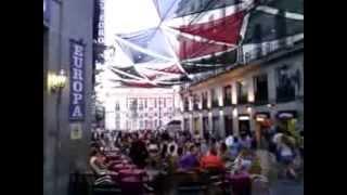 """""""Grândola Vila Morena"""" cantada nas Puertas del Sol, Madrid, 30/07/2013"""