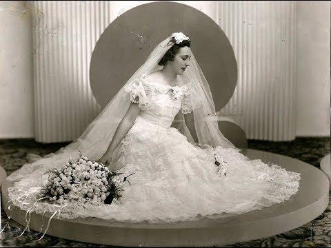 Антикварные и винтажные  свадебные платья - фото разных лет.