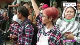 Suasana Relawan Ahok, Didepan Mako Brimob Kelapa Dua Pagi Tadi... - JPNN.COM