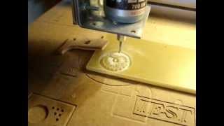 CNC maison - première découpe sérieuse... homemade CNC