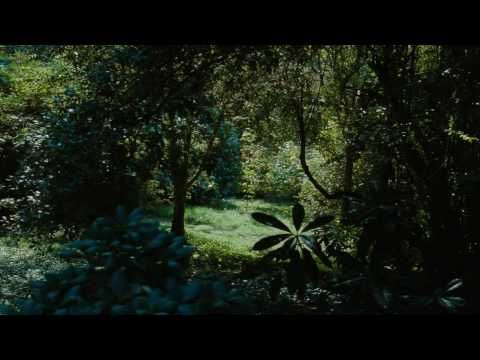 Alice In Wonderland (2010) - Follow The White Rabbit [English]