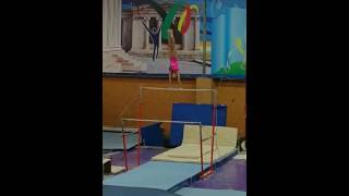Казахстан,Астана,Женская спортивная гимнастика,соревнования,Олимпийские игры. Разновысокие брусья.
