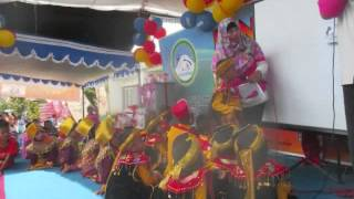 Pentas Seni RA Ijlal Muzaki Semarang - Lagu anak Guruku Tersayang