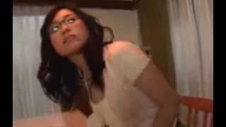 Download Video Suami genit berduaan dengan mertua dan mesra saat istri sedang di dapur MP3 3GP MP4