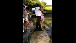 Танцы на свадьбе супер прикол смотреть всем
