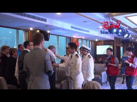Caberet Show on Yangtze Golde 8 Cruise - Croisière sur le fleuve Yangtsé avec Sinorama