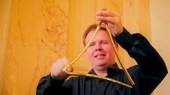 Staatsorchester Stuttgart - Musiker und ihre Instrumente - DER/DIE/DAS TRIANGEL