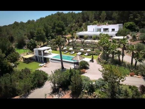 Prestigious luxury estate for sale & for rent - Luxury Villas Ibiza
