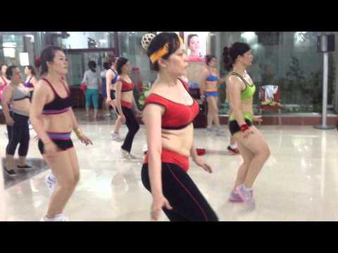 Thể dục thẩm mỹ - Thư giãn - CLB TDTM Queen 580 LBBích T.Phú