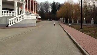 Рианна катается на самокате(, 2016-04-11T15:04:34.000Z)