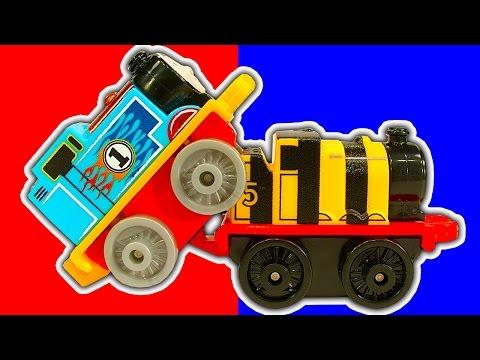 Thomas MINIS 2016 Wave 3 Percy Causes Train Crashes Factory Error Surprise Toy