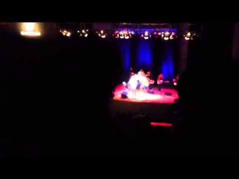 Aaron Neville - Everybody Plays the Fool - 4-14-13
