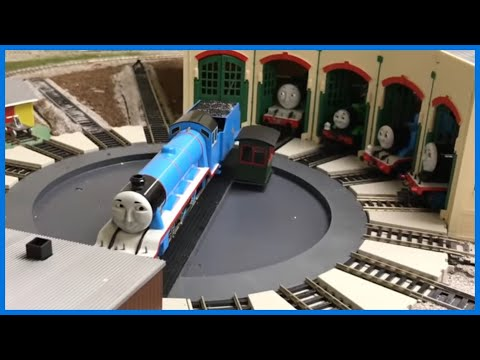 Motorized Turntable at Tidmouth Sheds – Thomas and Friends Trains