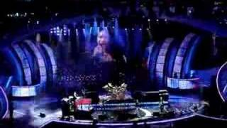 Journey+Arnel Pineda Chile Opening song.