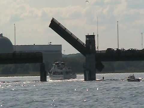 Deep sea fishing boat hampton beach nh youtube for Hampton beach deep sea fishing