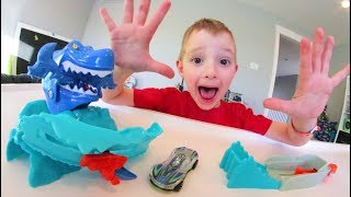 Father & Son GET SHARK ATTACK HOT WHEEL! Don't Get Eaten!