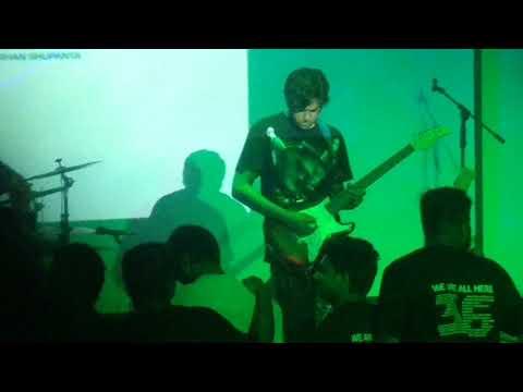 Boshe Achi Eka (Warfaze) Live Cover by Sonjibon Joy   Rag Day   Batch 36  UAP