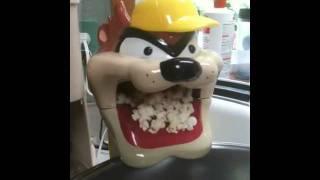 """Tasmanian Devil """"TAZ""""  Popcorn maker"""
