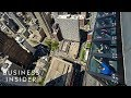 watch he video of This ride lets you lean out over 1,000 feet above Chicago