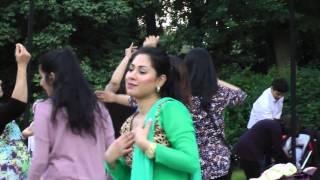 Bollywood Summerdance in Fælledparken Copenhagen