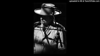 Bob Dylan live, Ain't Talkin' Amsterdam 2009