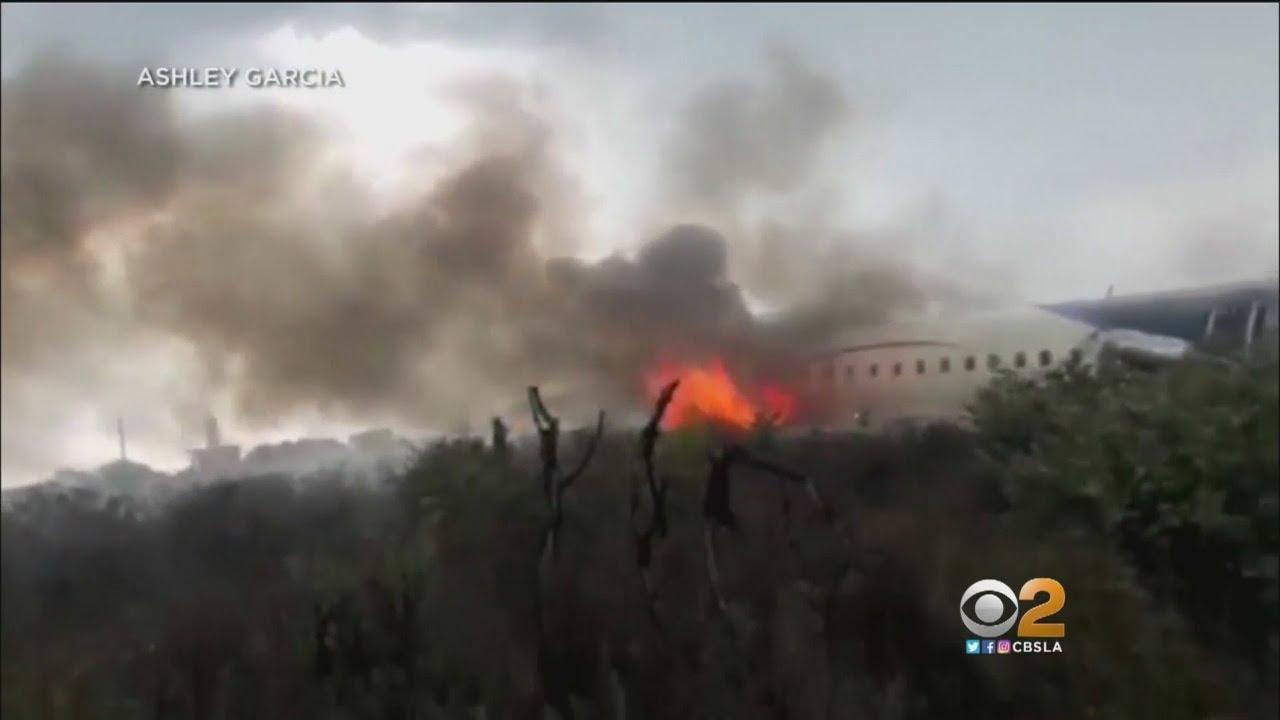 Passengers Describe Escaping Crashed Aeroméxico Flight