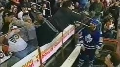 Tie Domi vs Philadelphia Flyers Fan ( Chris Falcone )