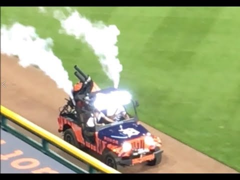 online store 42884 31e5c Mahindra Roxor with T-Shirt CANNON at Detroit Tigers Game (Small Jeep -  Style 4x4)