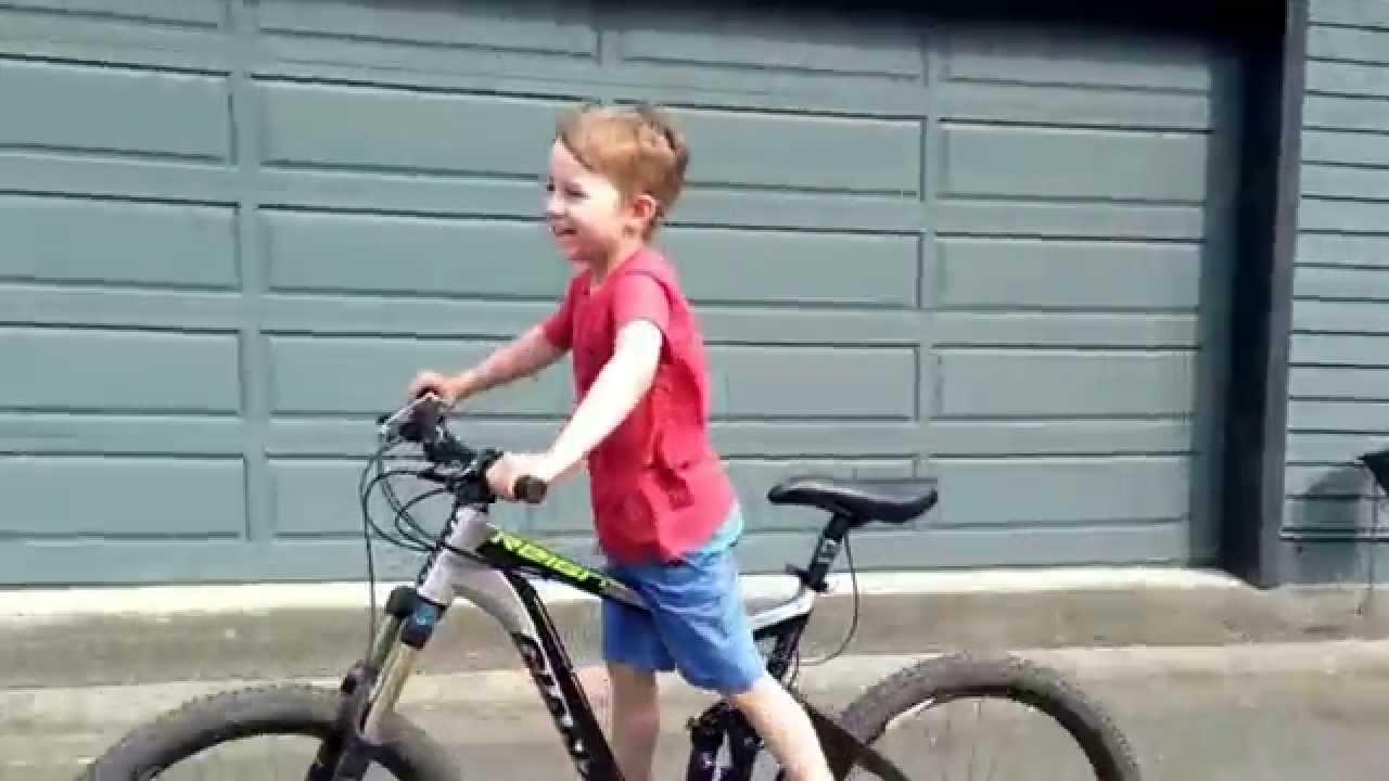 Small kid, big bike. - YouTube