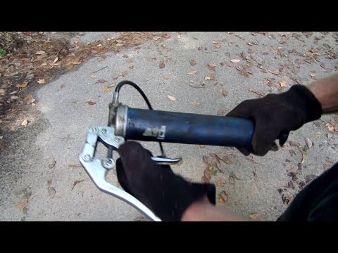 How to refill a grease gun