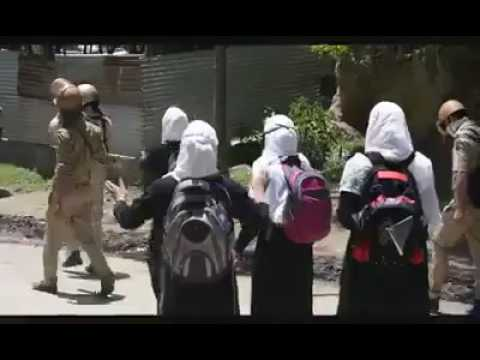 Girls protesting in Kashmir