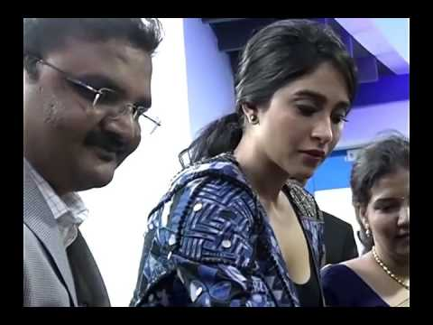 Regina Cleavage Captured by a Guy in Public Inaugural Function thumbnail