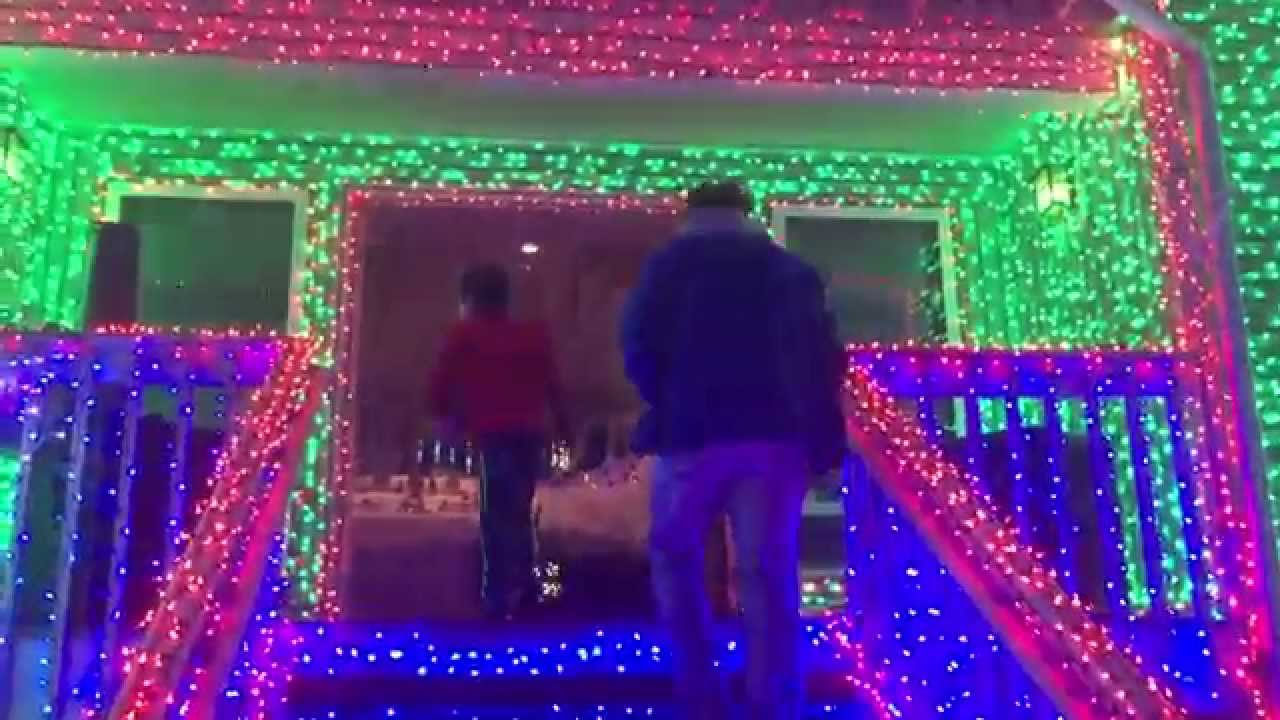 Seahawks inspired holiday lights in Kirkland - 2 - YouTube