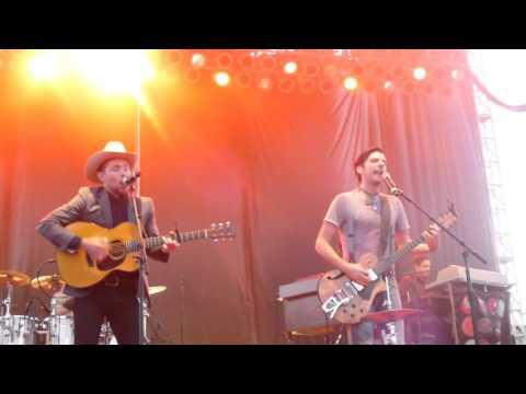 """The Avett Brothers, """"Rainbow Stew"""", 4/7/16. NC Azalea Festival"""
