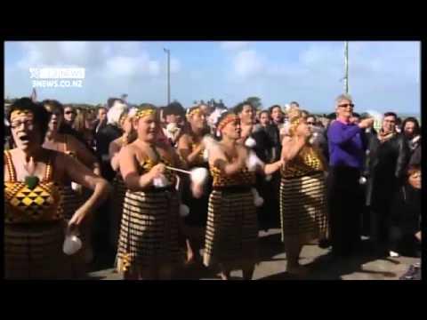 3 News Patea Maori Club Perform 'Poi E' At Nanny'sTangi Funeral 30th April 2012