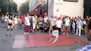 Уличные танцоры Киева, Вечерний Крещатик часть 2 - Street Dancers Kiev, Khreshchatyk Evening part 2