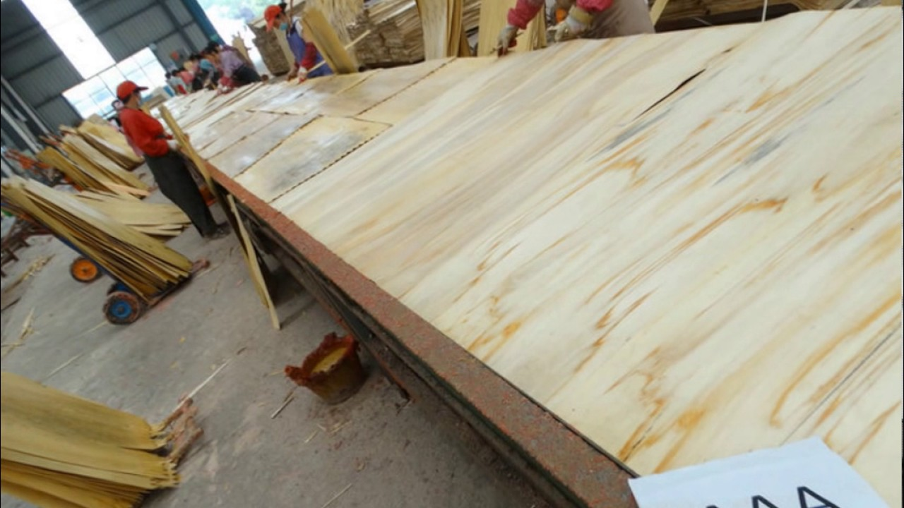 May 25th,2017 Cabinet Furniture Grade Veneer Core Lay Up Plywood Production