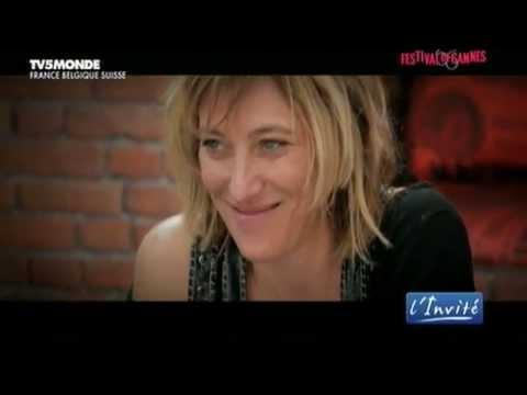 "Valeria BRUNI TEDESCHI : ""J'ai vécu l'amour fou dans mon film"""